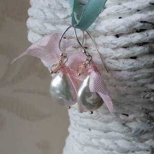 pink ribbon coin pearl earrings1