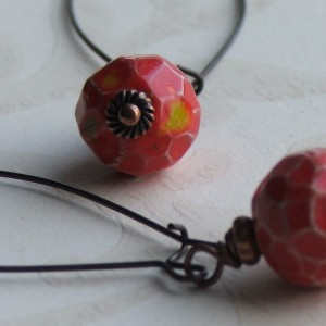 red bo earrings2