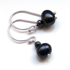valentine black pearl2